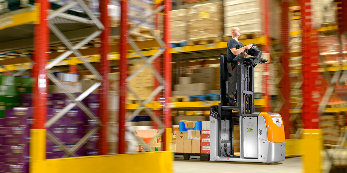 Digital sales channels and internal logistics used forklifts Belgrade
