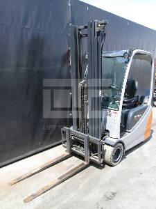 Used forklift RX20-20