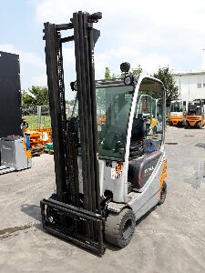 Used forklift RX20-16P